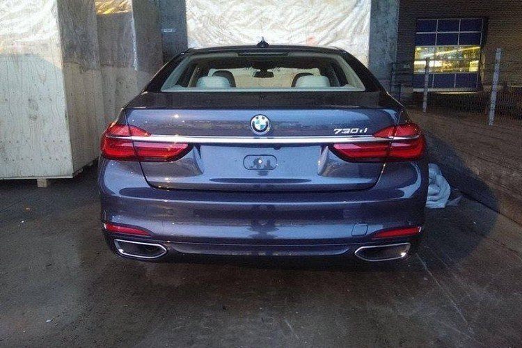 2015-bmw-7-series-leaked-2-750x500