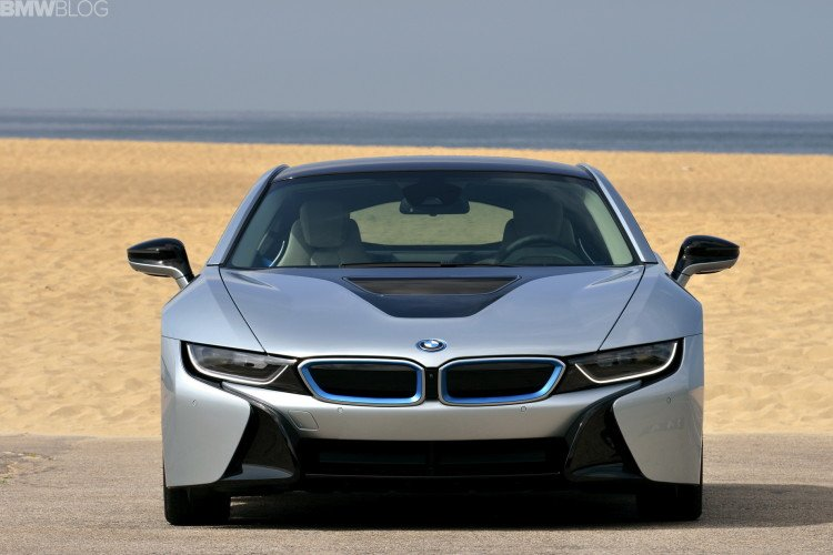 2015-bmw-i8-photos-62-750x500