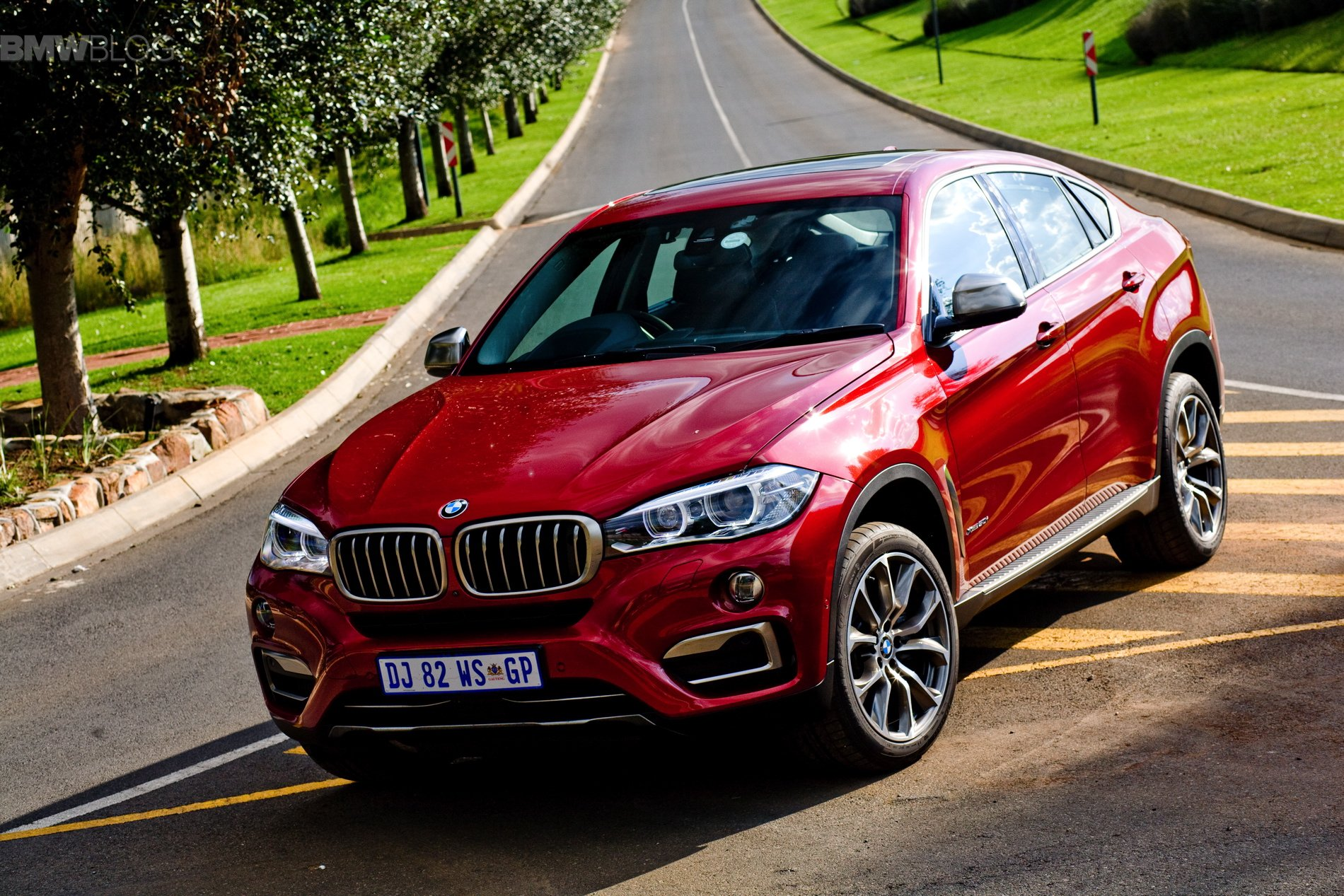 7_2015-bmw-x6-images-34