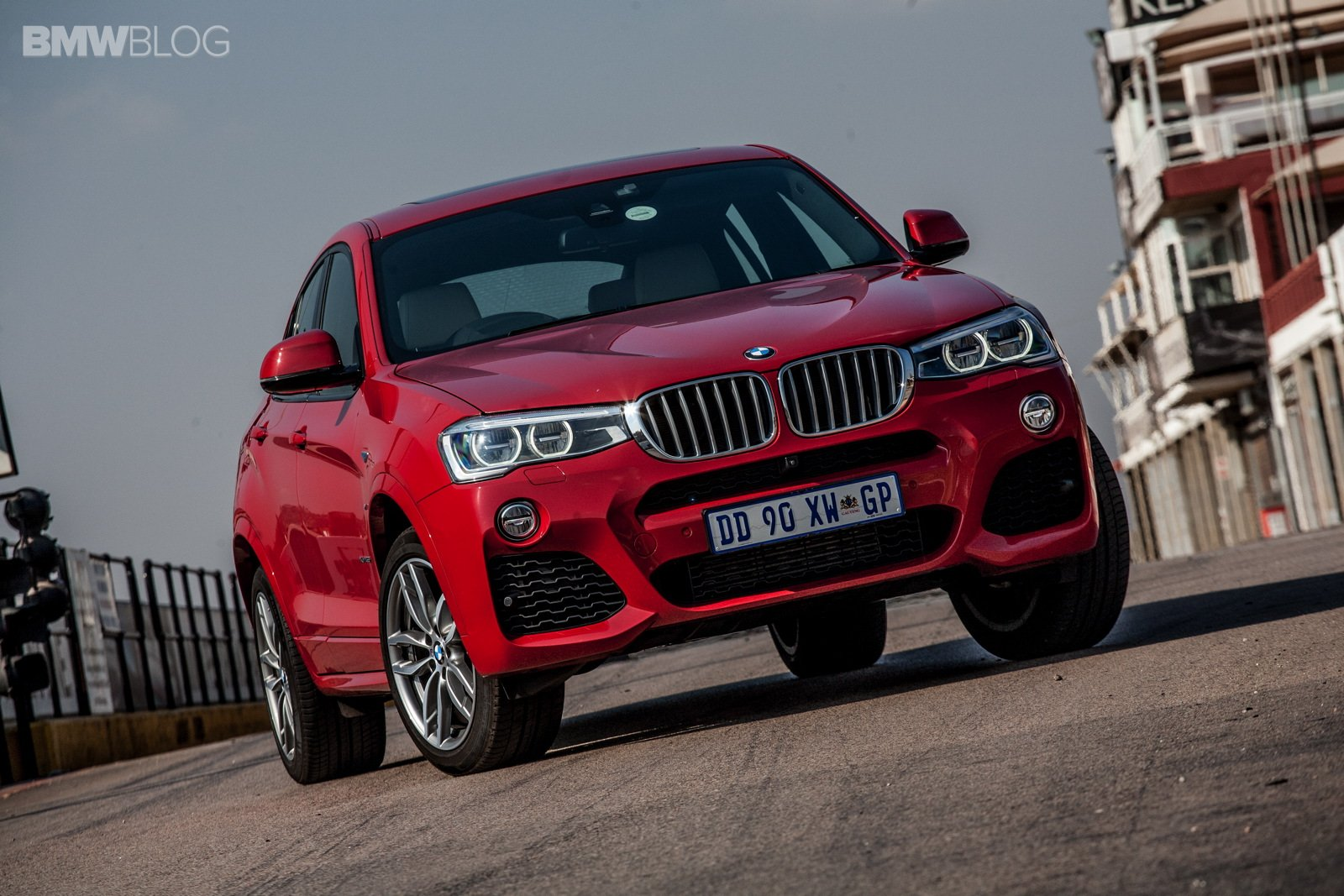9_bmw-x4-xdrive35i-m-sport-melbourne-red-8