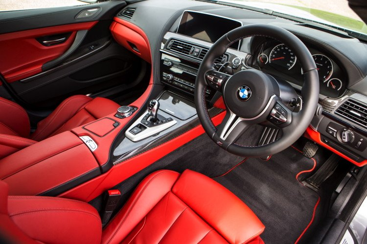 2015-bmw-6-series-facelift-1900x1200-wallpapers-31-750x500