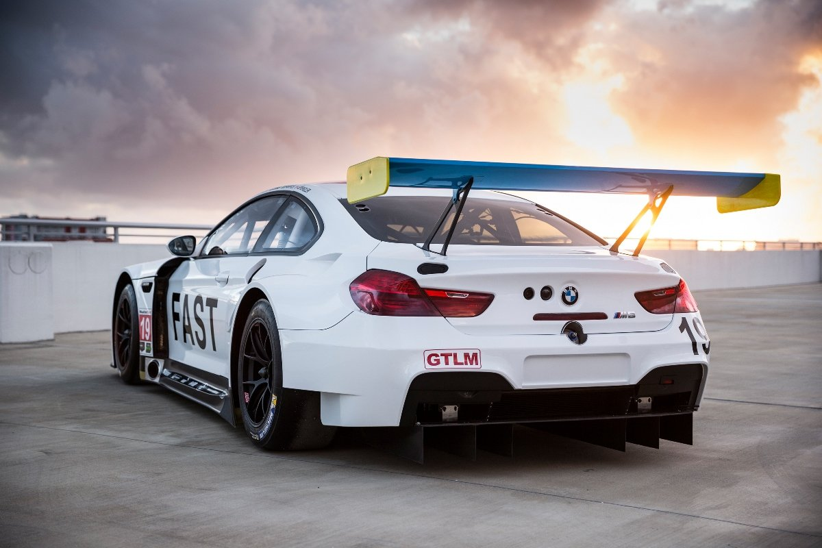bmw-m6-gtlm-art-car-3