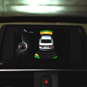 BMW F30 320i: дооснащение передними парктрониками