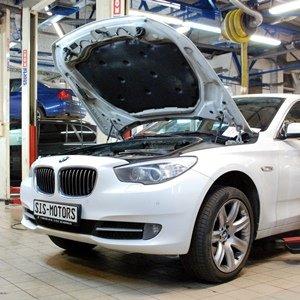 BMW F07 GT 535d: замена натяжителя ремня и шкива коленвала